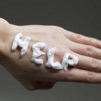Сухая кожа рук и ног: причины и лечение шелушения и сухости кожи