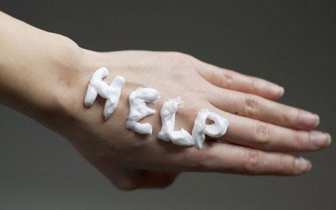 Сильная сухость рук - способы устранения проблемы