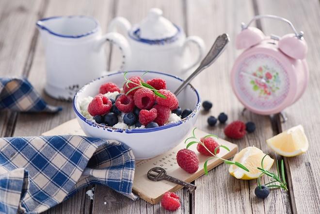 Для более приятного вкуса можно добавлять фрукты или овощи