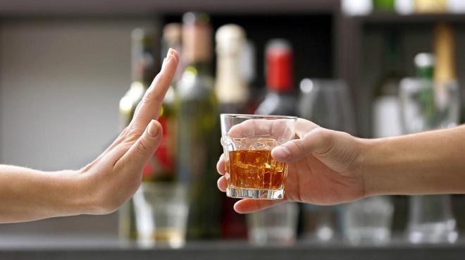 Водка, коньяк и виски полностью запрещены при панкреатите