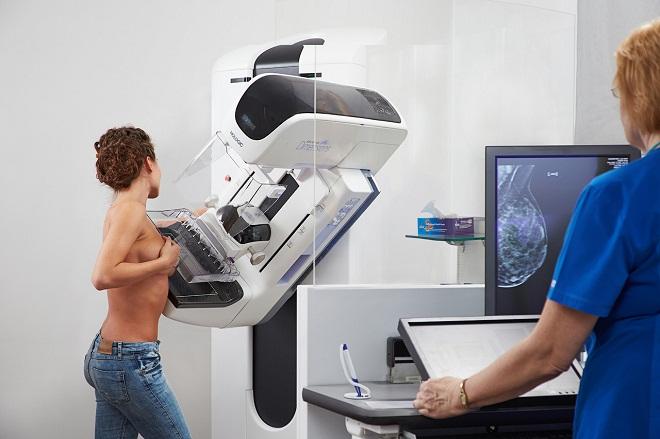 Кальцинаты видны на маммографии