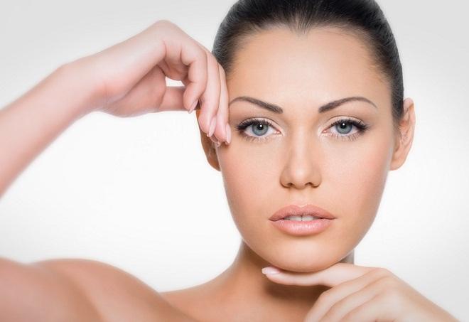 Токоферол имеет множество полезных качеств для человеческой кожи
