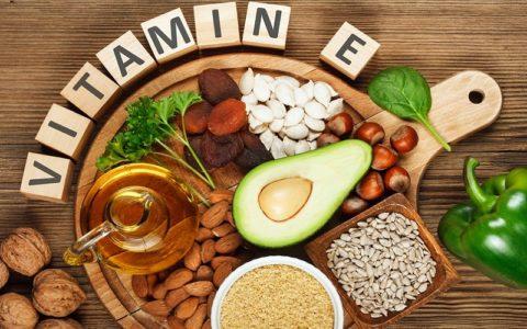 Как принимать витамин Е для лица?