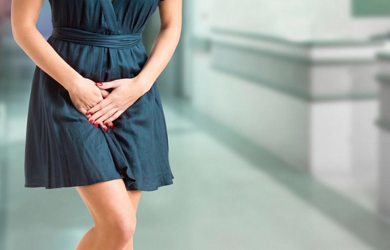 Потеет между ног в паху у мужчин и женщин