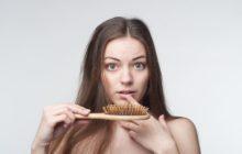 Какие витамины пить при выпадении волос и облысении?