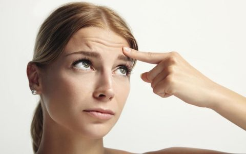 Какие аптечные средства от морщин вокруг глаз эффективны?