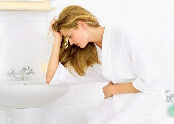 Мутить может в качестве симптома к менструации