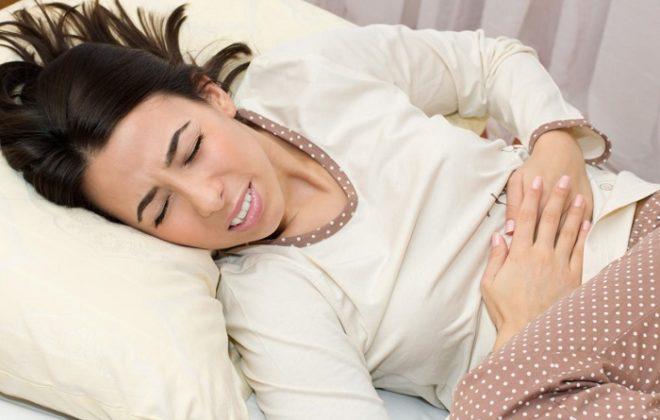 Не стоит перегружать себя до и во время менструаций