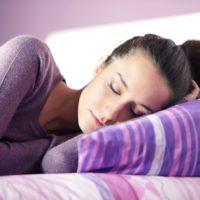 Удобные позы для сна вдвоем и их значение