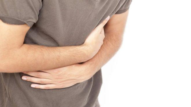 Сильные боли с температурой требуют немедленного обращения к врачу