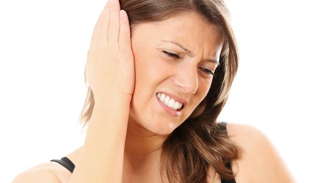 Шум в ушах имеет множество причин