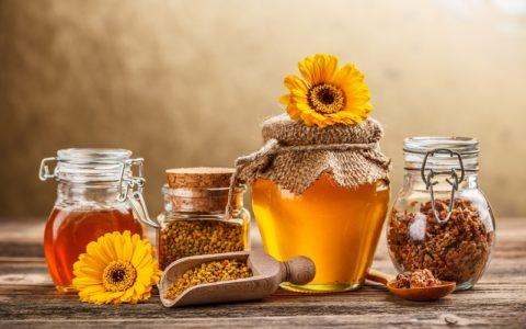 Как использовать мед при боли в горле в домашних условиях?
