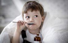 Народные средства от кашля у детей - что пить и чем полоскать?