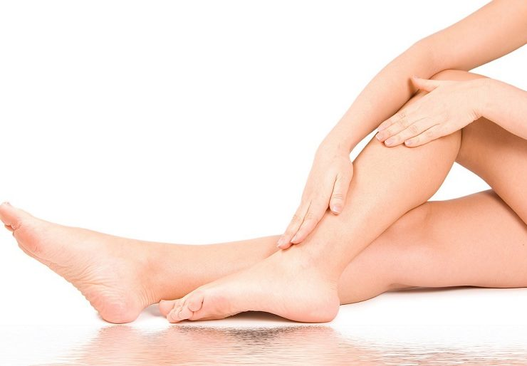 Чешутся ноги в районе щиколотки - причины, как устранить?