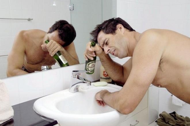 Дискомфорт после алкоголя можно устранить без таблеток