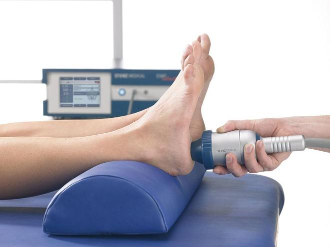 Особенно эффективен массаж и лазерная терапия