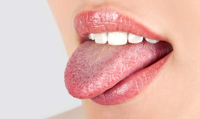 Щиплет и болит язык