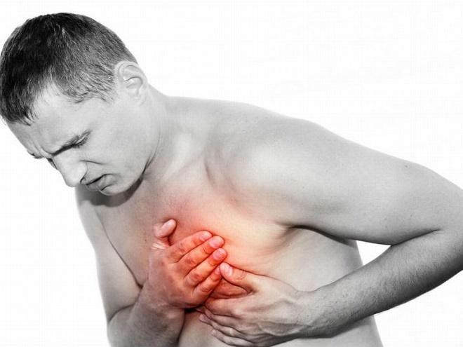Часто боль путают с сердечными приступами