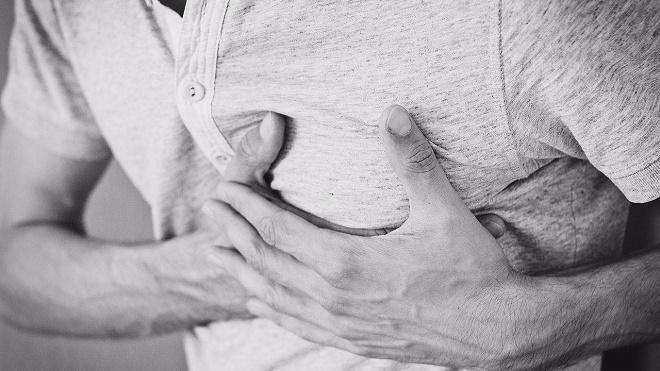 При длительной и сильной боли вызывайте скорую