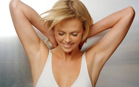 Как правильно брить подмышки мужчинам и женщинам