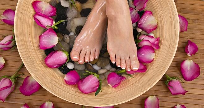 Особенно эффективными являются ножные ванночки