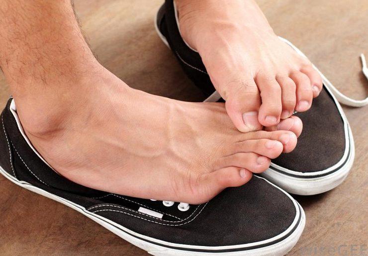 Средство от потливости ног в аптеке