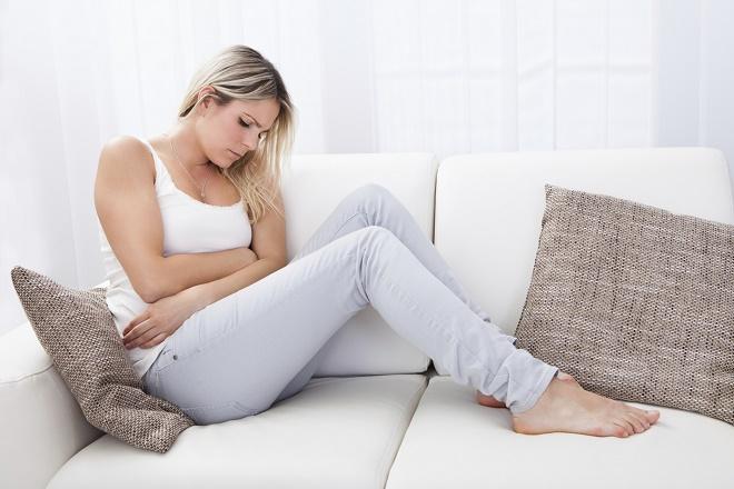 Несложные физические упражнения помогут отвлечься от болезненности
