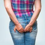 От чего возникает геморрой у женщин?