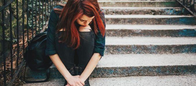Почему меняется настроение девушки во время месячных
