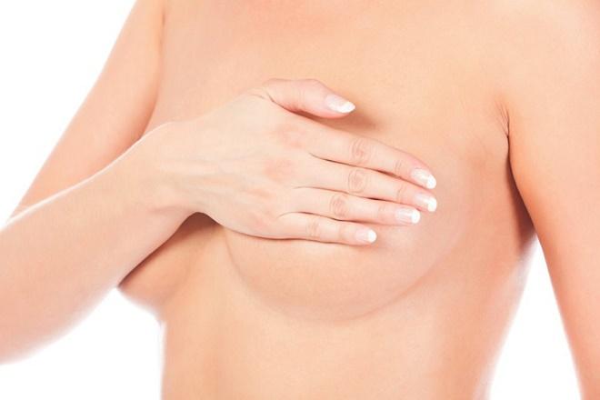 Регулярно осматривайте грудь и проводите самодиагностику