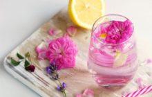 Розовая вода для лица - полезные свойства и применение