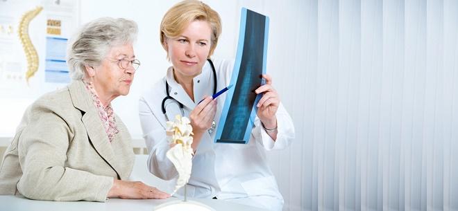 У женщин в первую очередь этот недуг могут вызвать гормональные изменения
