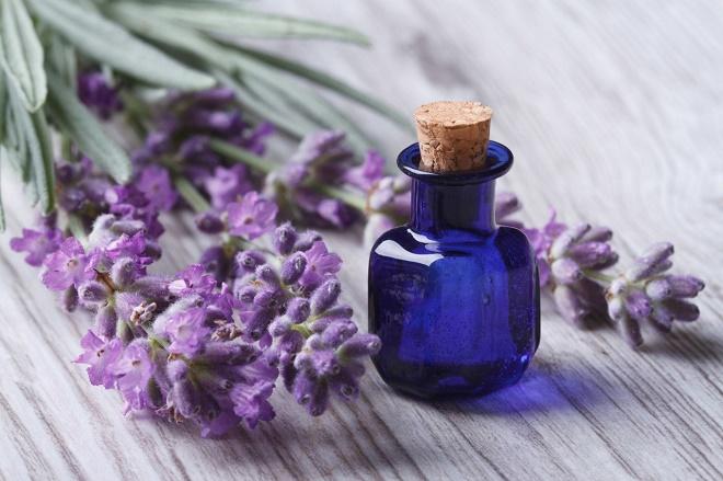 Для ароматерапии можно использовать аромалампу