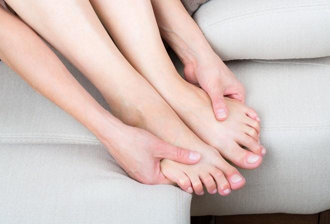 Онемение пальцев ног при беременности может быть нормой
