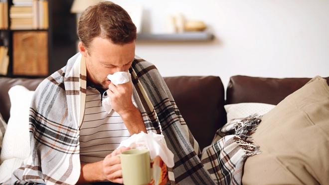 Грипп и простуда отличаются по симптомом и являются разными заболеваниями