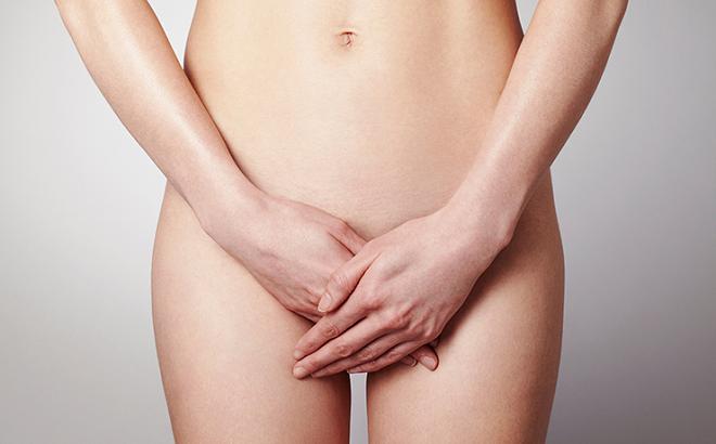 Зуд в области наружных половых губ может быть вызван инфекцией