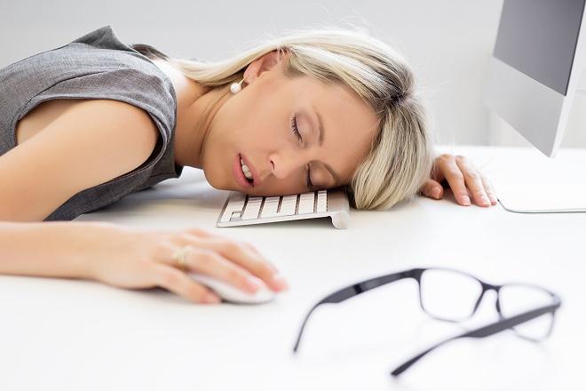 Если усталость и сонливость не проходит, обратитесь к врачу