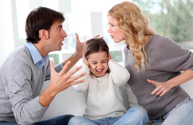 Не срывайтесь на детей, наоборот, уделите им больше внимания