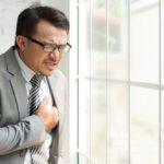 Покалывает сердце у мужчин - причины, методы лечения